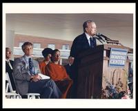 Dr. Paul Sugarbaker, Effi Barry, Marilyn Quayle and Felix Grant at Washington Hospital Center, Washington, D.C., 1990