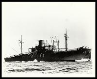 USS Arthur Middleton afloat in the ocean, 1943